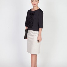 MenuchaB Cotton Pleated Blouse Navy Blue Front look