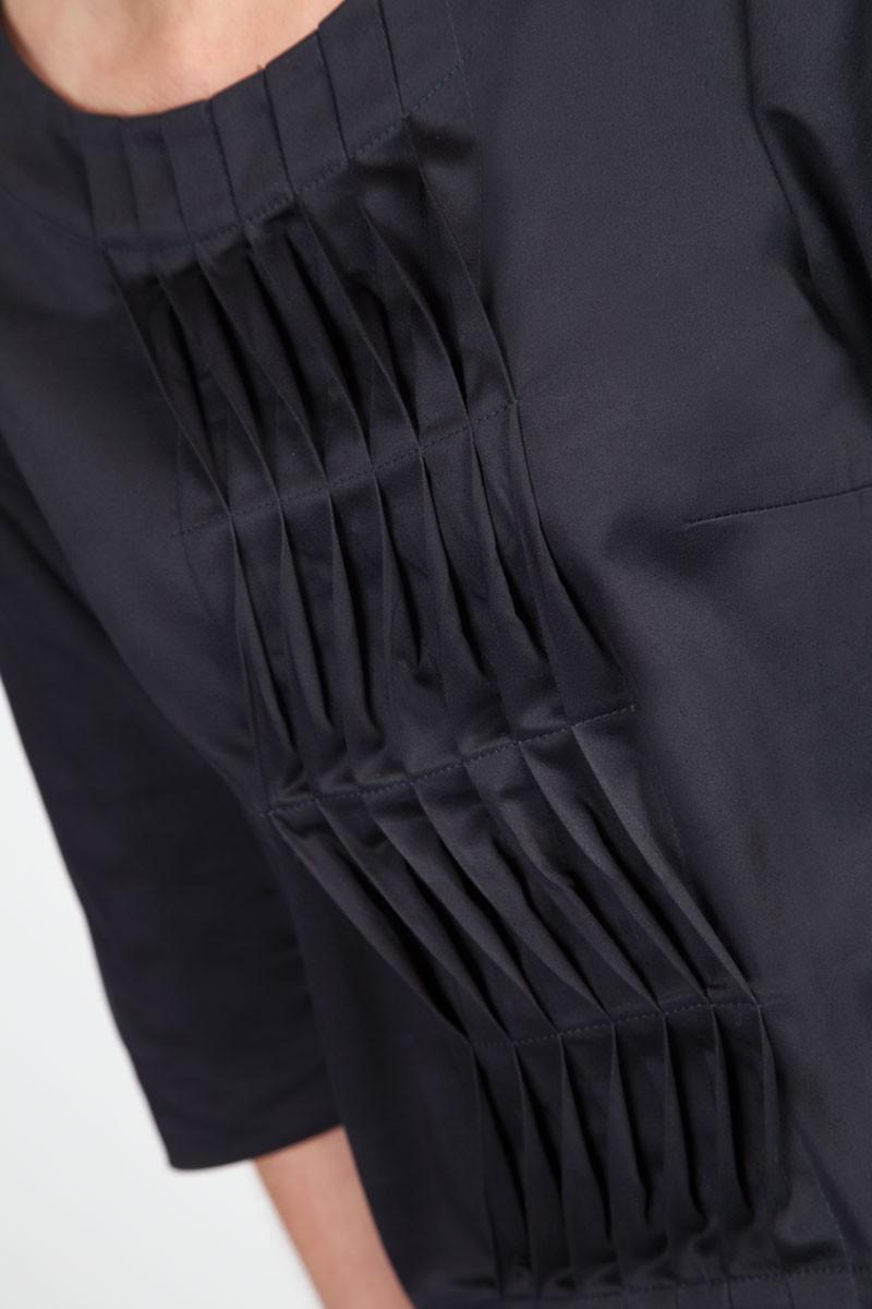MenuchaB Cotton Pleated Blouse Navy Blue Front detail look
